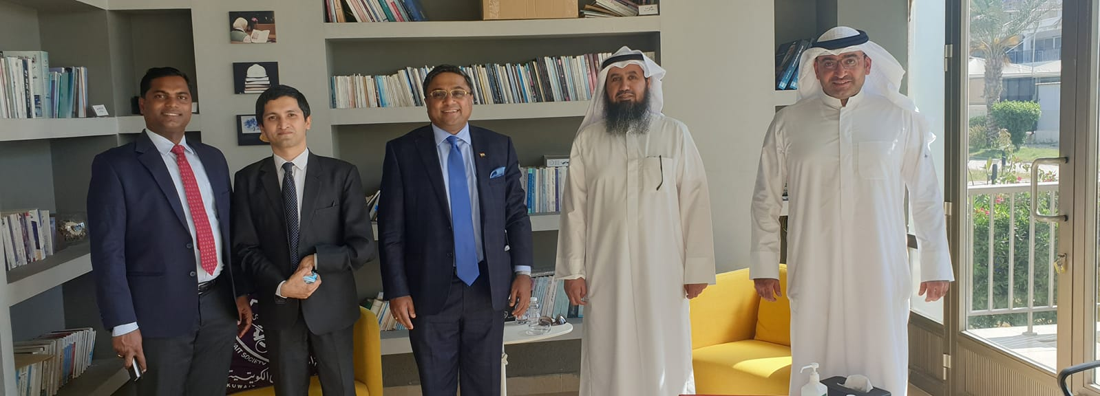 Ambassador discussed Engineer issue with KSE chairman