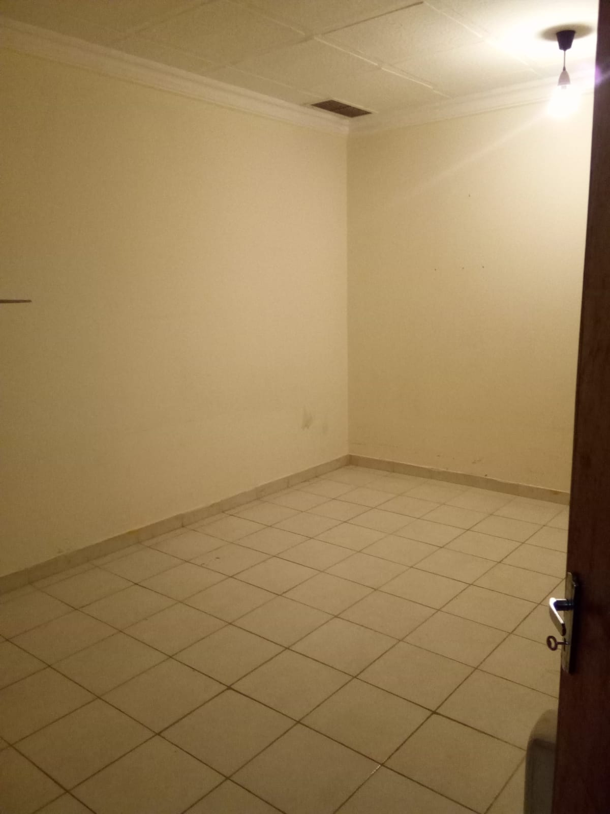 Room for rent in khaitan