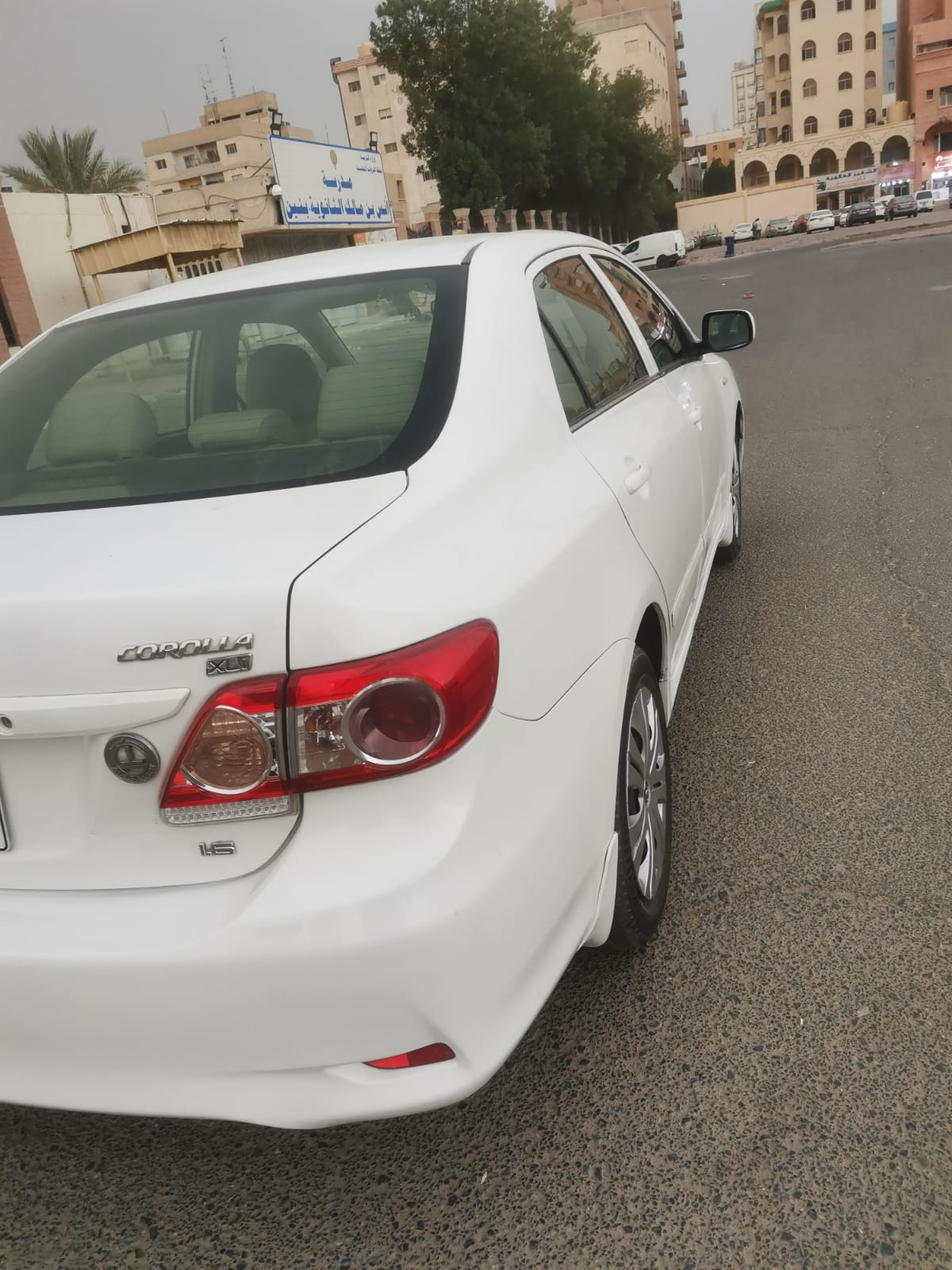 Toyota corolla for sale in excellent condition.