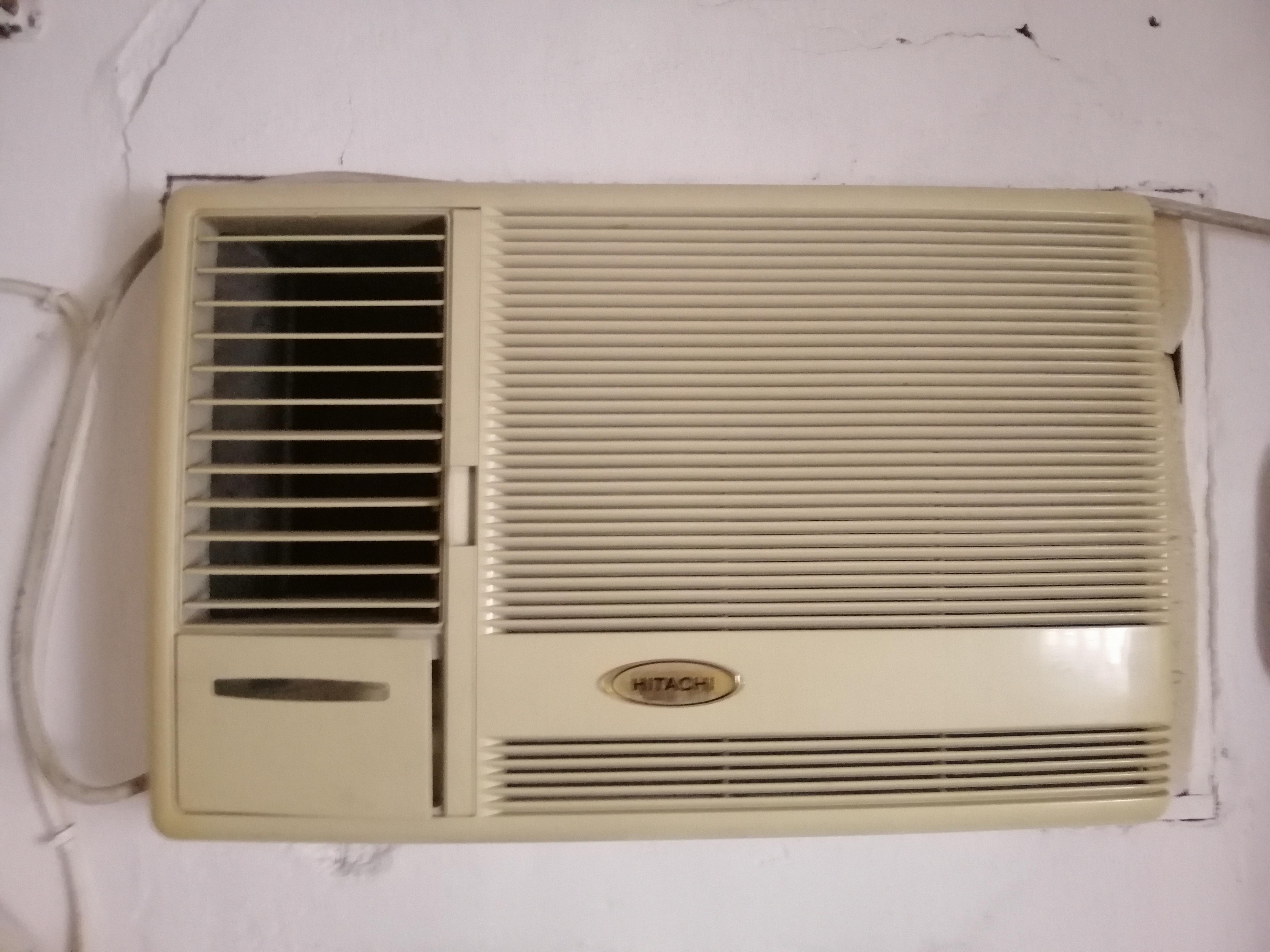 Hitachi AC 1.5ton window Ac