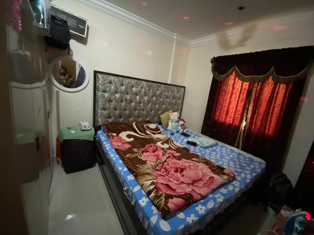 Single full room available - Fully furnished
