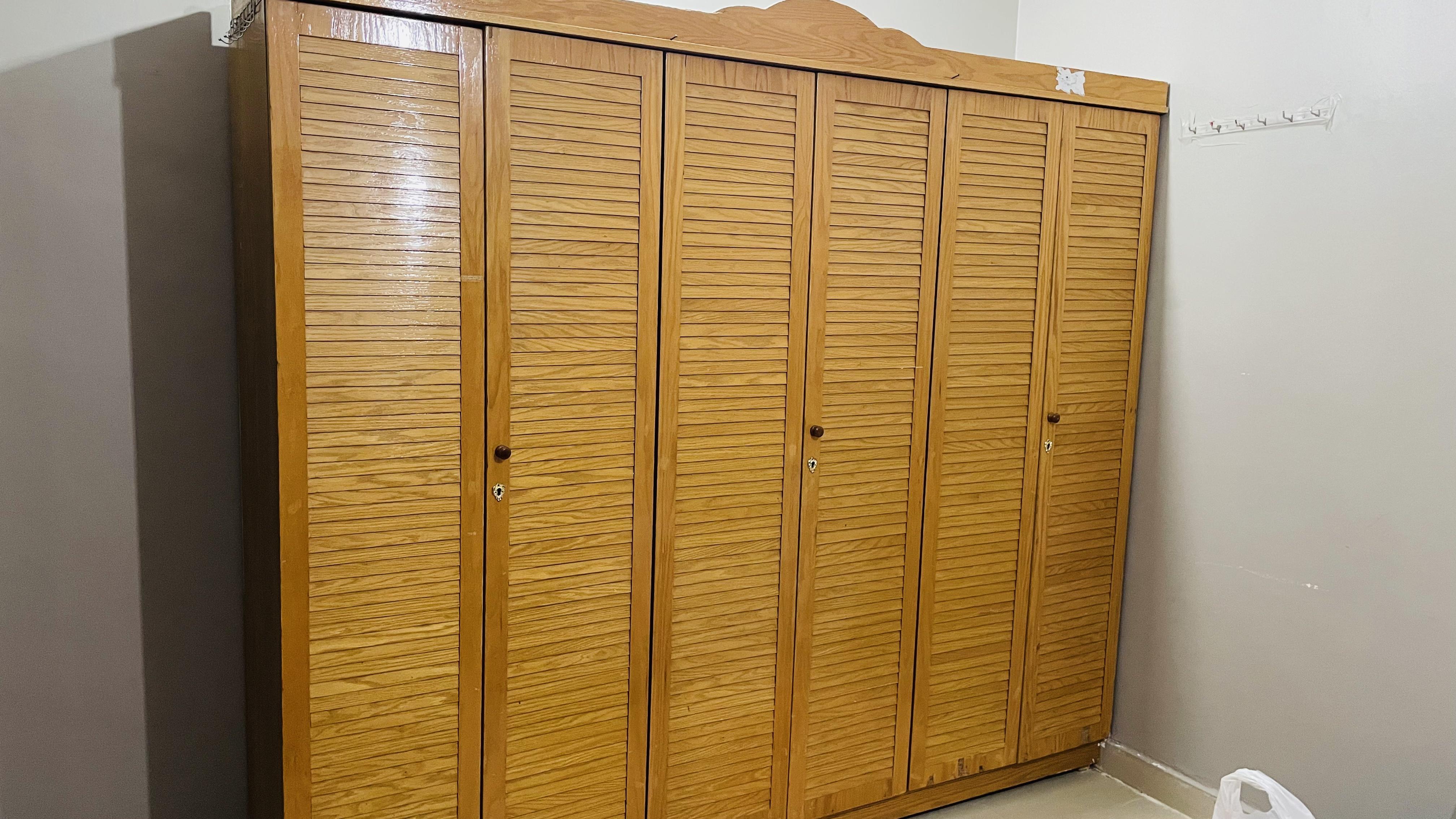 6 door wardrobe for sale