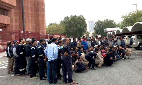 IndiansinKuwait com - Workers protest in front of Indian embassy for