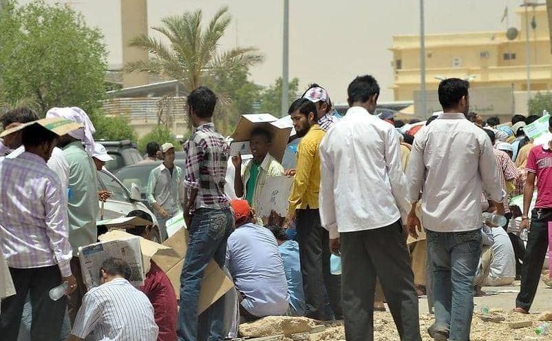 IndiansinKuwait com - 364,500 expats entered Kuwait in last