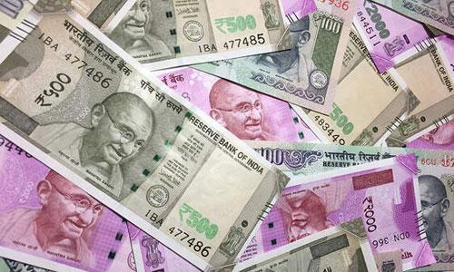Indiansinkuwait Ru Falls To Fresh Low Of 71 58 Per Us Dollar Crosses 235 Against Kuwaiti Dinar