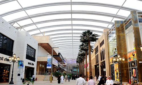 Massive crack down on smokers inside Avenues mall; 50 KD fine