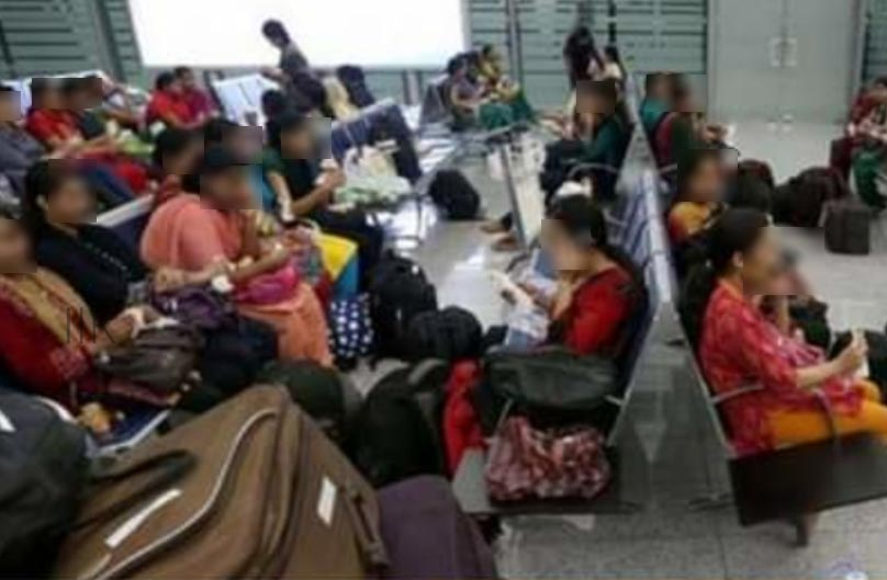 19 Indians arrived directly to Kuwait sent back from the airport after spending a day inside the airport