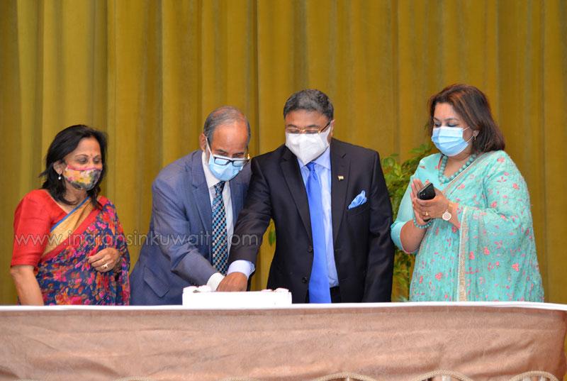 Embassy of India and Indian community bid farewell to Mr. Anant Kapadia