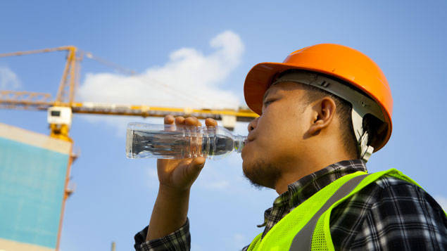 42 companies warned for violating the ban of working under sunlight