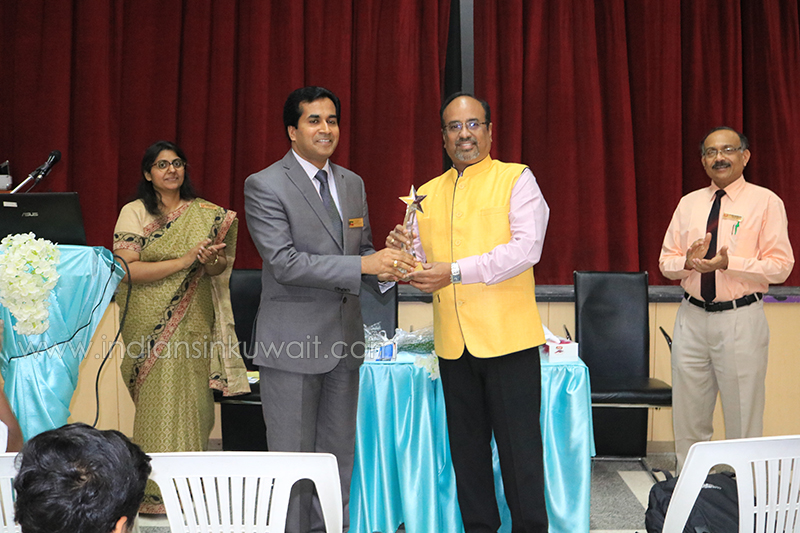 ICSK Senior Organizes Workshop on Good Health and School Life Balance.