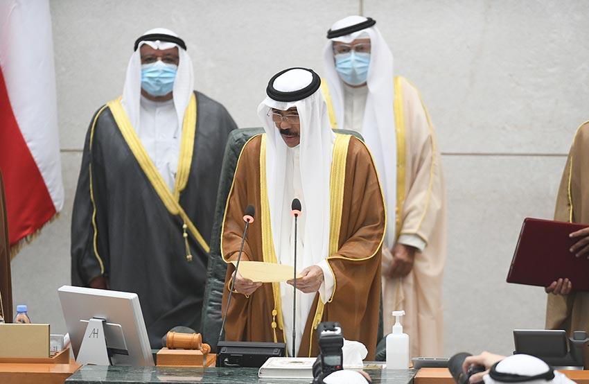Sheikh Nawaf Al-Ahmad takes oath as Kuwait