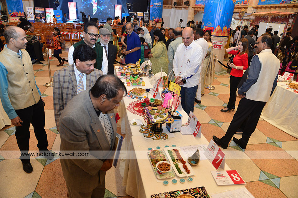 Winners rejoice at IIK Diwali Mela 2018