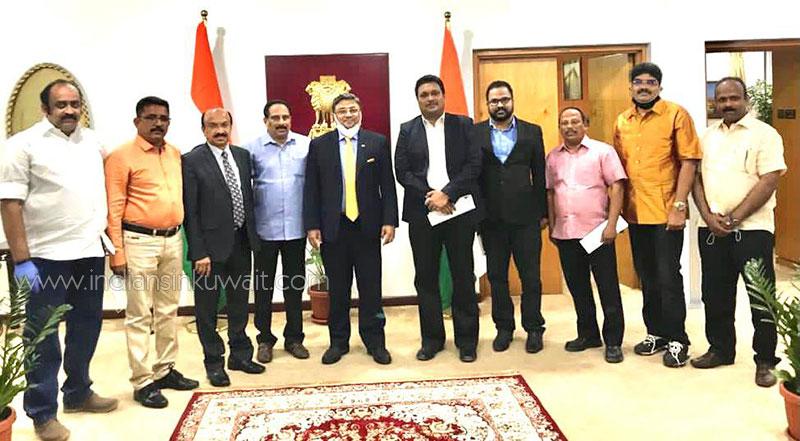 Officials of Alappuzha Jilla Pravasi Association Kuwait (AJPAK) visited the Indian Ambassador
