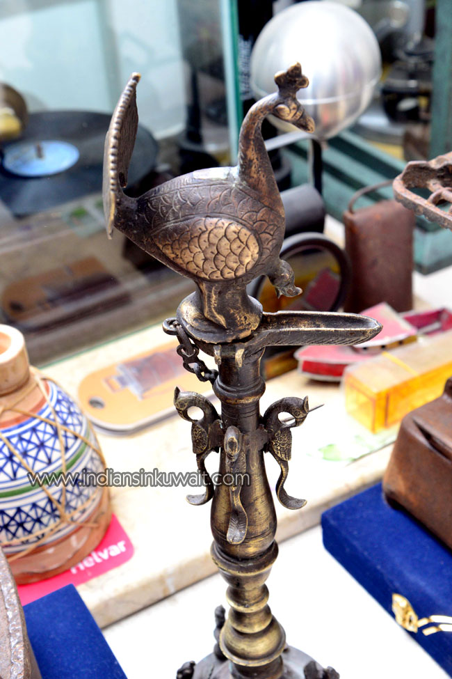 IndiansinKuwait com - Antiques, Curios and Much More